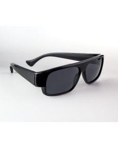 Sonnenbrille mit schwarzem Rahmen